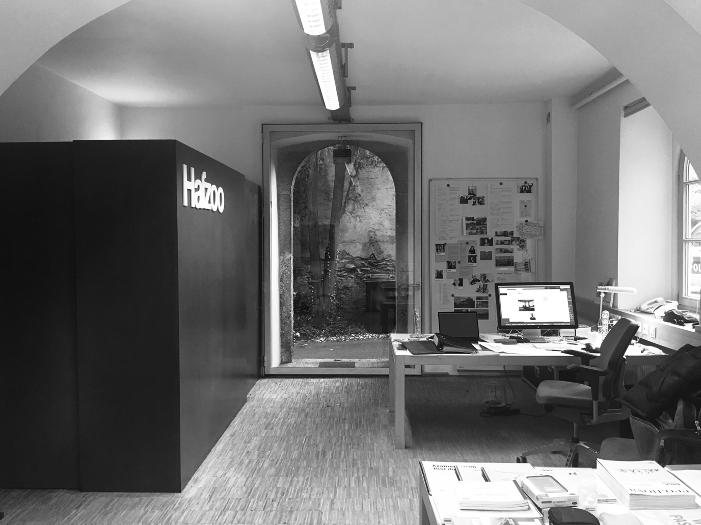 Hafzoo: Office